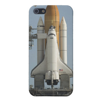Space Shuttle Discovery sits ready iPhone 5 Covers