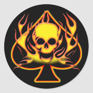SPADE, SKULL AND FLAMES ROUND STICKER