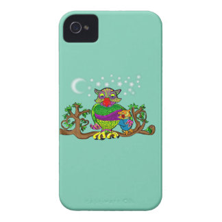Sparkle Owl with Sparkle Baby iPhone 4 Cover