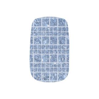 Sparkly Aqua Nail Art
