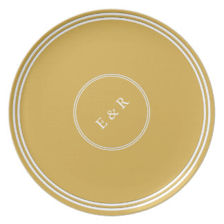 Spicy Mustard with White Wedding Detail Plates