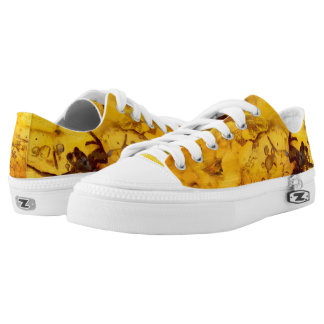 Spider inside baltic amber stone Low-Top sneakers