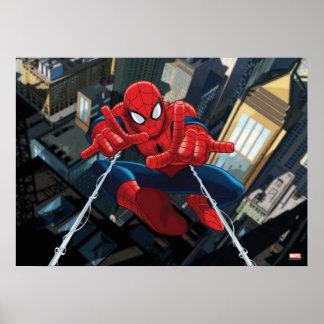 Spider-Man tirant la haute de Web au-dessus de la