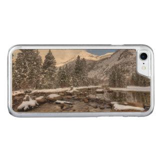Spring snow, Sierra Nevada, CA Carved iPhone 8/7 Case