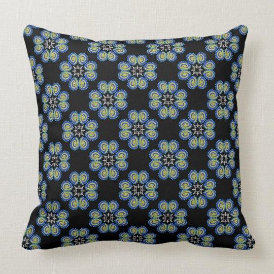 Square cushion Jimette blue Design on black