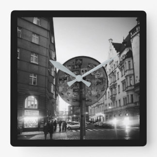 Square wall clock - Sign