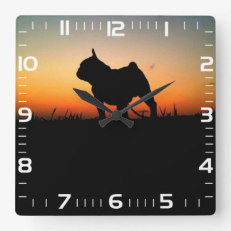 "Squared clock of wall ""BULDOG """