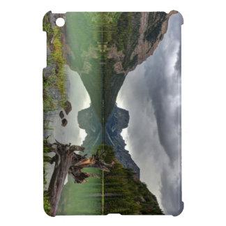 Squaretop Mountain Reflected In Upper Green River iPad Mini Case