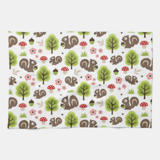 Squirrel in The Oak Forest Pattern Kitchen Towel