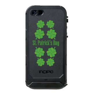 St. Patrick's Day with clover Incipio ATLAS ID™ iPhone 5 Case