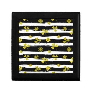 st patricks black white clover gift box