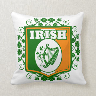 St Patrick's Day Harp Throw Pillow