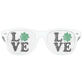 St Patrick's Day LOVE Shamrock Irish Retro Sunglasses