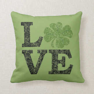 St Patricks Day LOVE with shamrock Throw Pillow