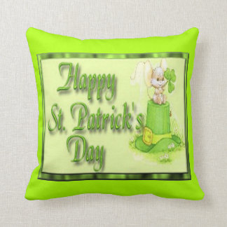 St Patricks Day Mouse Hat Clover Throw Pillow