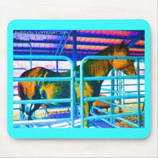 STABLE HORSE Mousepad