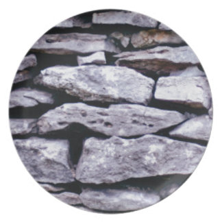 stacked rock wall plate
