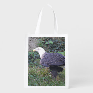 Standing American Bald Eagle Grocery Bags