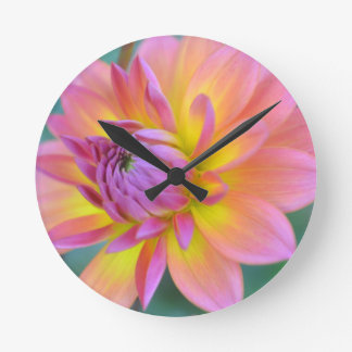 Star Bright Round Clock