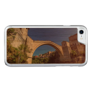 Stari Most, old bridge, Mostar, Bosnia and Herzego Carved iPhone 8/7 Case