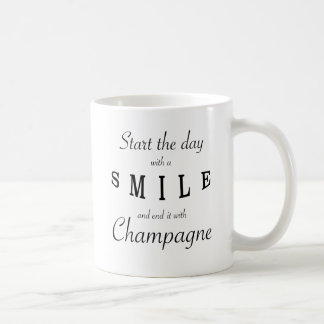 Start The Day With A Smile Phrase Mug