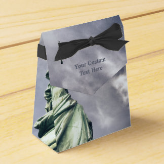 Statue of Liberty custom favor box