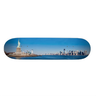 Statue of Liberty, Hudson River and Manhattan Skate Board