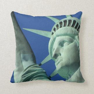 Statue Of Liberty New York Throw Pillow