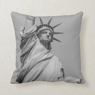 Statue of Liberty Pillowcase Throw Pillow