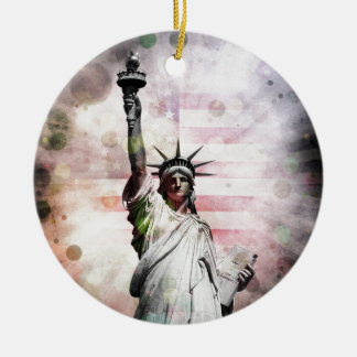 Statue of Liberty Round Ceramic Ornament