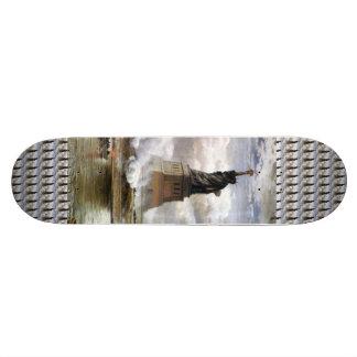 Statue of Liberty Vintage Art Skateboard