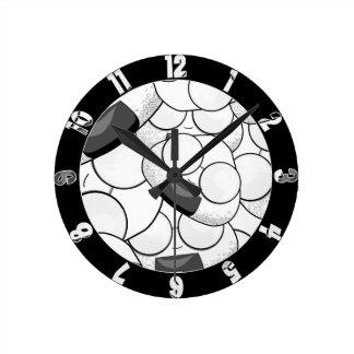 Stay close to me - Nerd Wall Clocks