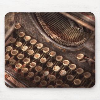 Steampunk - machine à écrire - trop tuckered au ty tapis de souris