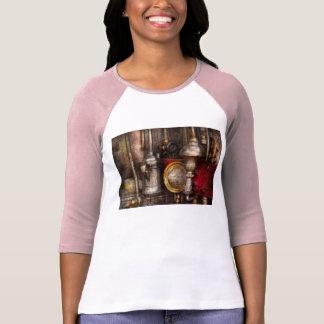 Steampunk - Needs oil T-Shirt