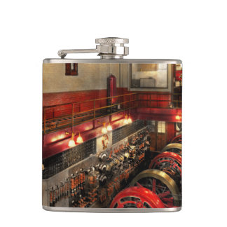 Steampunk - The Engine Room 1974 Flask