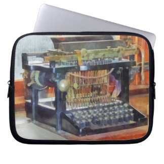 Steampunk - Vintage Typewriter Laptop Sleeve