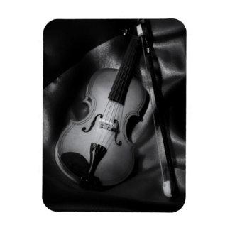 Still-life b&W image of a violin Magnet