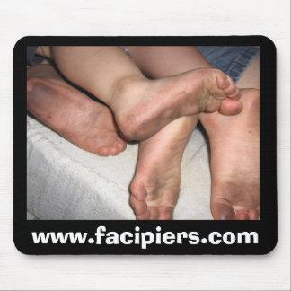 Stinky Toes Mousepad - Facipiers.com