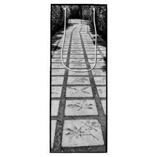 Stone path alley wine gift bag