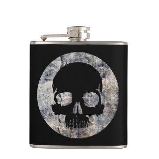 Stone skull hip flask