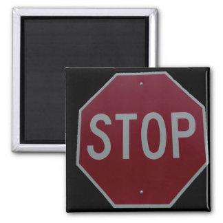 STOP! MAGNET
