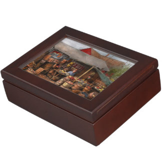 Store - Fruit - Grand dad's fruit stand 1939 Keepsake Box