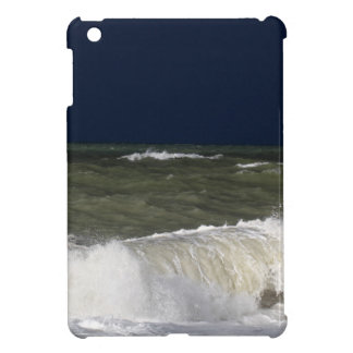 Stormy sea with waves und a dark blue sky. iPad mini cover