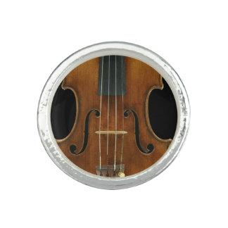 Stradivari Close-Up Photo Rings