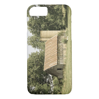 Strafford Mo Barn Antique iPhone 7 Case