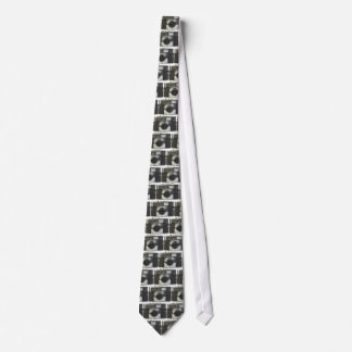 Straight Metal Tie