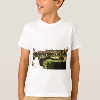 Stratford-upon-Avon Garden snap-28575 jGibney T-Shirt