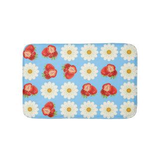 Strawberries and daisies bathroom mat