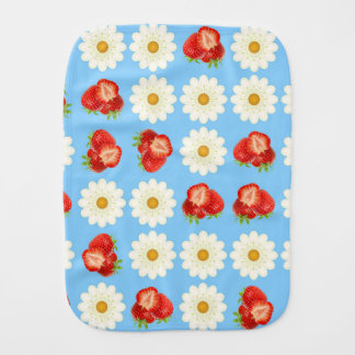 Strawberries and daisies burp cloth