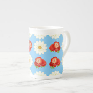 Strawberries and daisies tea cup